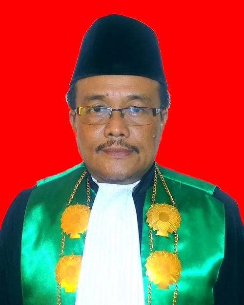 Ahmad Bisri, S.H., M.H.